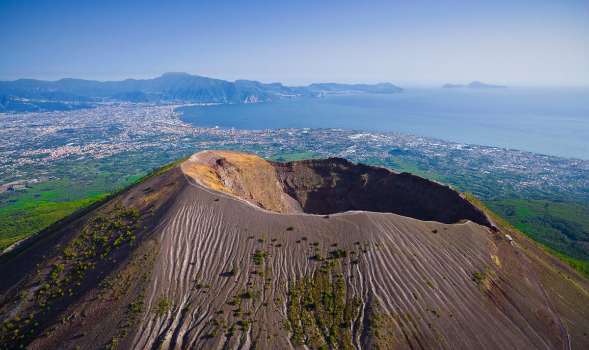 scientific facts about Mount Vesuvius