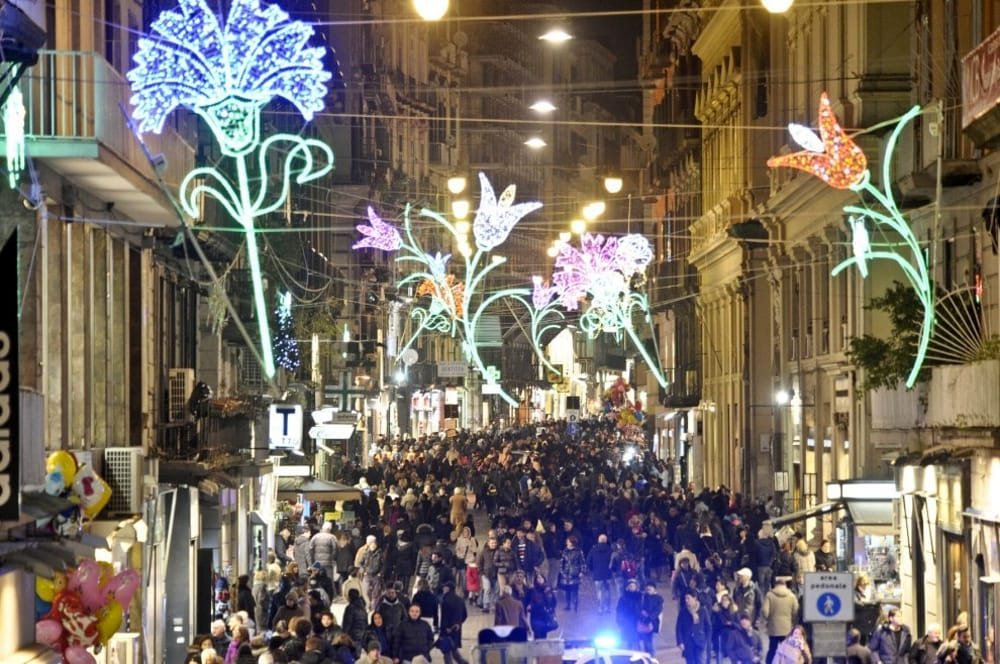 NAPLES ITALY CHRISTMAS TIME BEST AREA