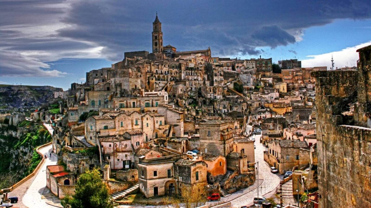 getting to Matera from Naples
